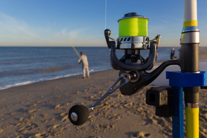 Surf fishing reels